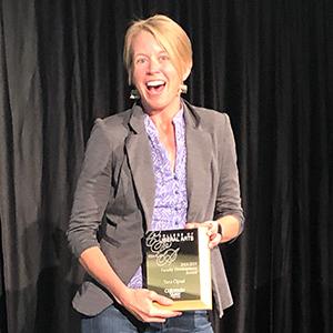 Tara with award